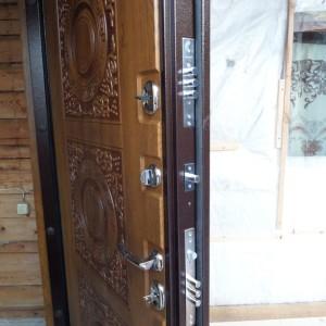 Двери, Кухни & Шкафы